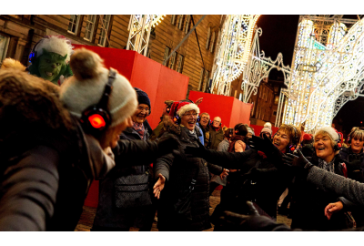 7 Silent Disco Christmas Party Ideas Yule Love
