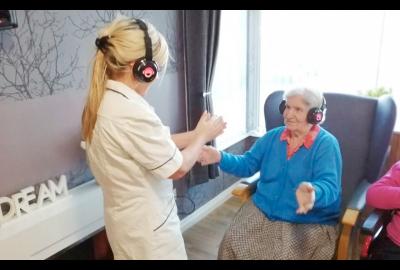Silent Disco helps Beth find her voice