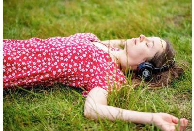 Social Distancing Silent Disco Hire